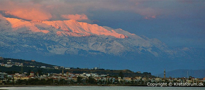 See the white mountain from the Rethymno (sunrise)