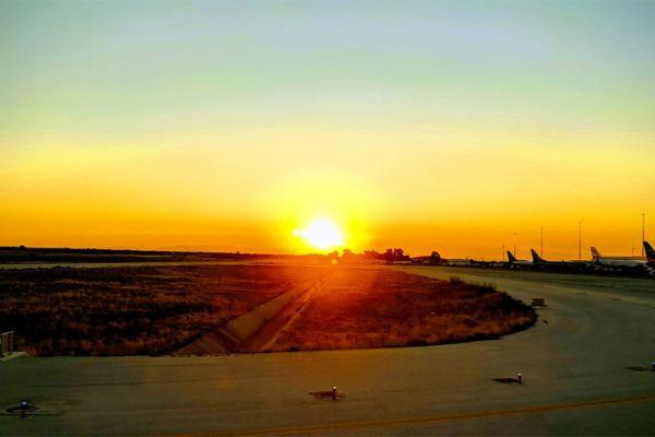 Solopgang i Chania lufthavn