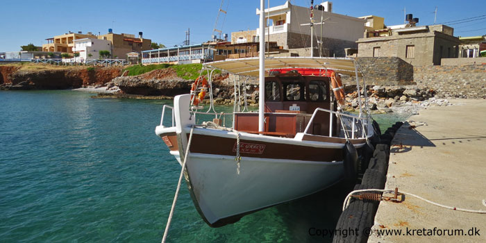 Boat from Plaka to Spinalonga - Crete - www.kretaforum.dk